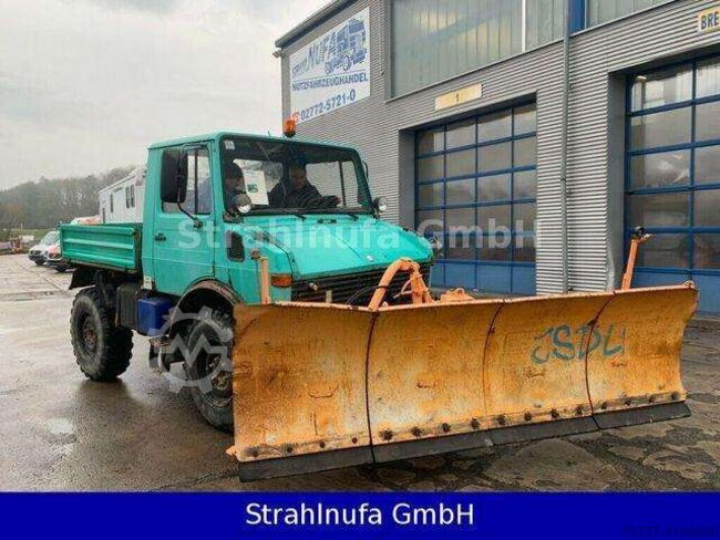 Unimog U 424 Winterdiest
