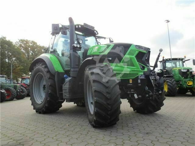 Deutz-Fahr 6215 RC SHIFT