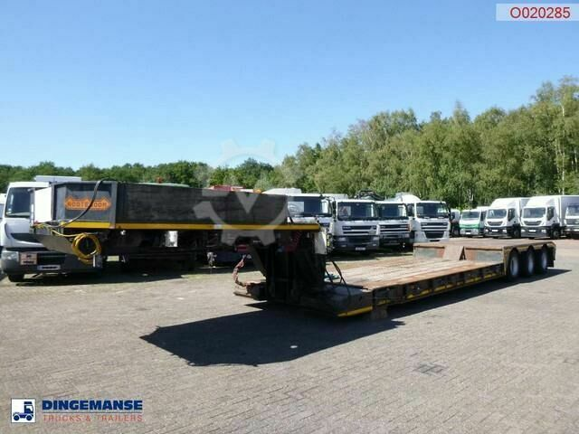 Nooteboom 3 axle lowbed trailer 33 t / extendable 8.5 m