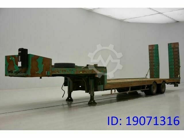 Sonstige/Other ACTM LOW BED TRAILER