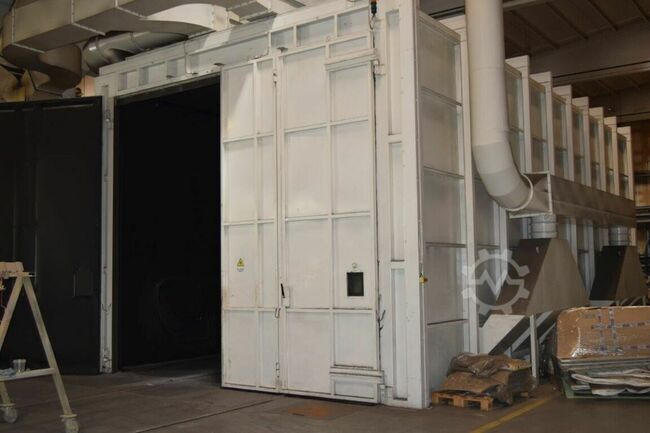 COMBINED BLASTING AND PAINTING CHAMBER COMBINED BLASTING AND PAINTING CHAMBER