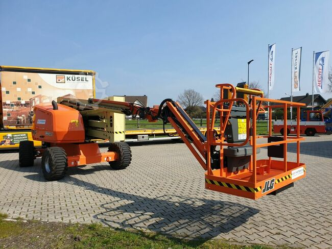 JLG 520AJ only for rent