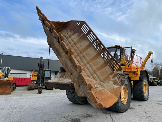Volvo L350F Rock bucket / Side tip bucket