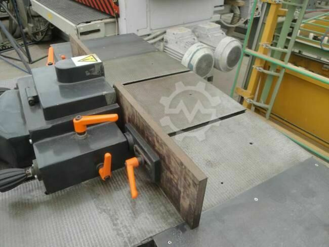 Spindle moulder FAMOT TNFJ Spindle moulder FAMOT TNFJ