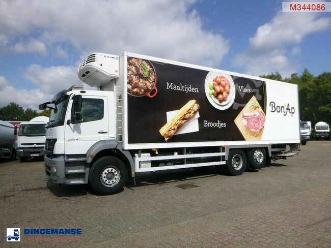 Mercedes-Benz Axor 2529 6x2 Thermoking TS-500e frigo