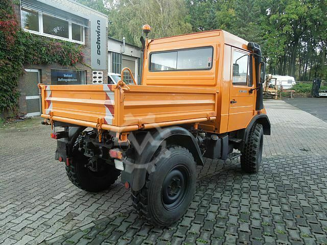 Mercedes-Benz UNIMOG 90 Turbo
