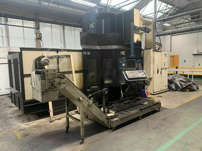 CORREA FP 30/30 Bridge Type CNC Miller. Heidenhain TNC 426 Table 3000 mm x 1250 mm . X = 2500 mm, Y = 2000 mm, Z = 800 mm, Through spindle coolant. Manufactured 2004