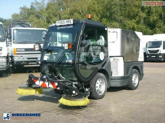 Sonstige/Other Nilfisk City Ranger CR3500 street sweeper