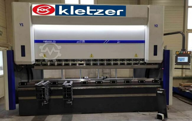 KK-Industries CNC Abkantpresse  KKI EUROPA XL 1550 mm x 60 to +