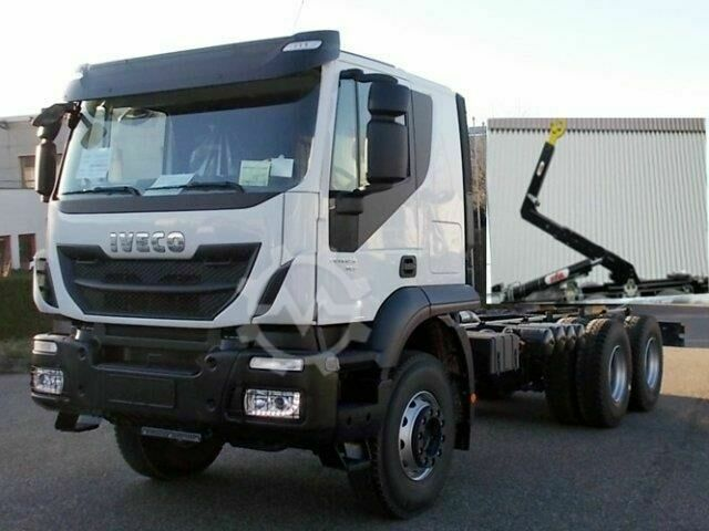 Iveco MAGIRUS Trakker AD260T45 6x4 Standheizung/Autom./