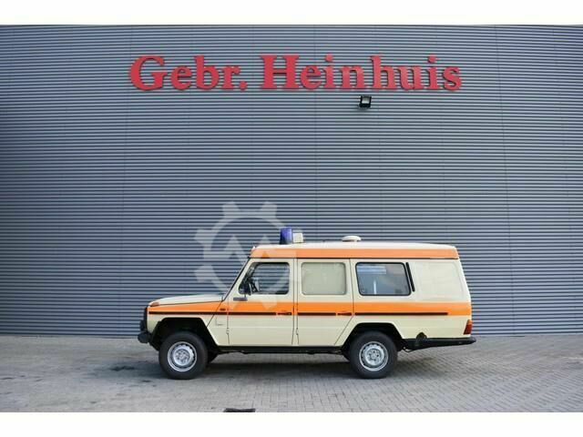 Mercedes-Benz W460 250 GD Krankenwagen/Ambulance 4x4!