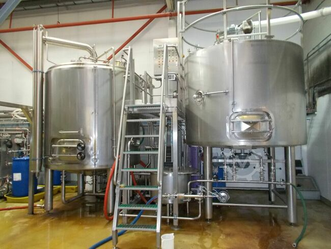 30 & 40 BARREL BREWHOUSES FOR SALE