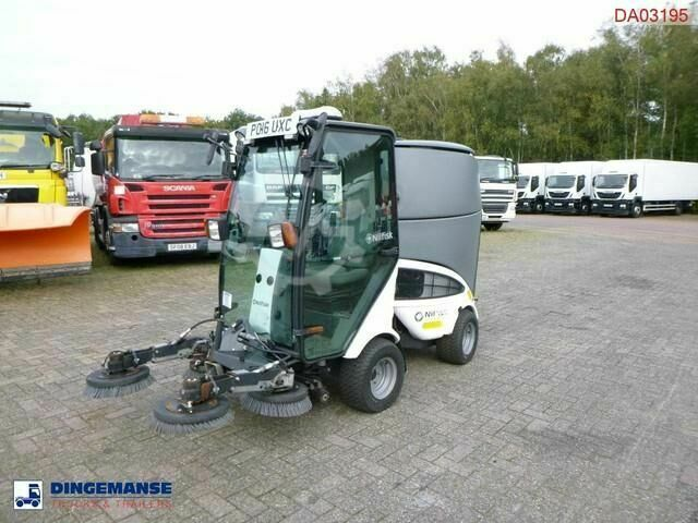 Sonstige/Other Nilfisk City Ranger CR2250 street sweeper