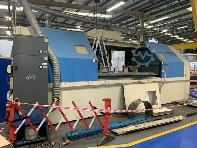 SNK HPS-120B/5 5 Axis Horizontal Machining Centre. Manufactured 2001. Fanuc 15 iM Control