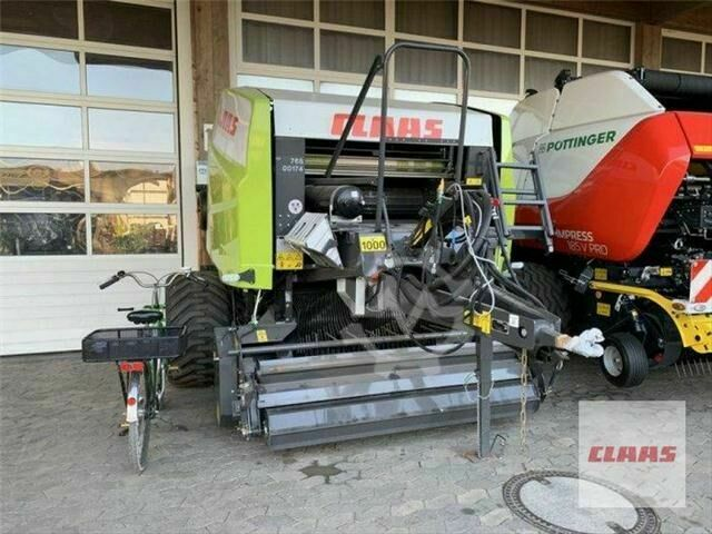 Claas ROLLANT 454 RC PRO
