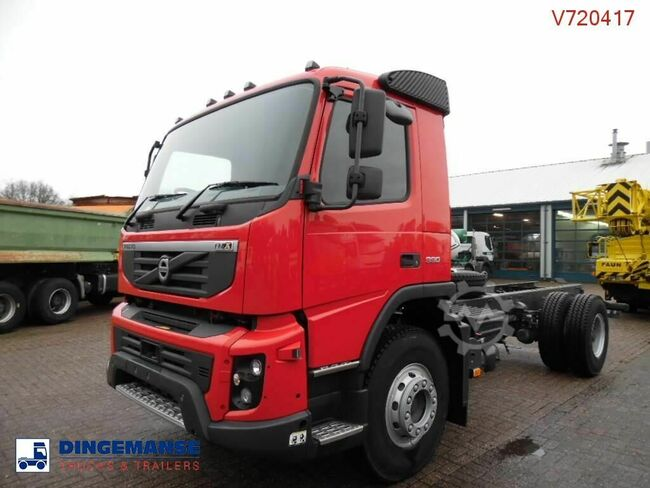 Volvo FMX 330 4x2 NEW ( right-hand drive)