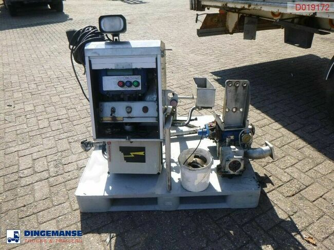Mouvex Fuel tank equipment (hydraulic pump / counter / di