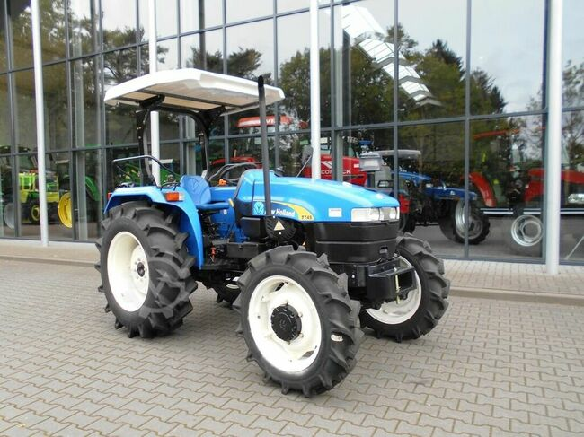 New Holland T45   4-wd !!