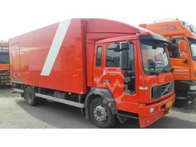 Volvo FL6 220 Closed box Full steel
