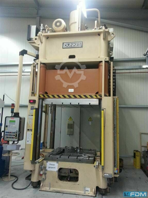 DUNKES 200T PH4C 1300x1300mm, 20mm/sec