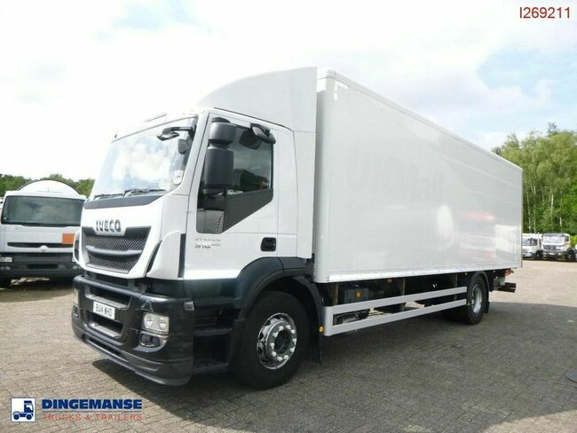 Iveco AD190S31 4X2 EEV RHD closed box