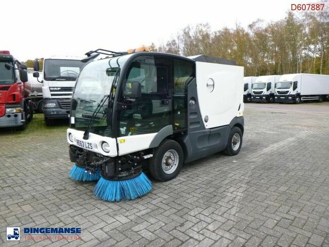 Mathieu Azura MC200 street sweeper 2 m3 Euro 5