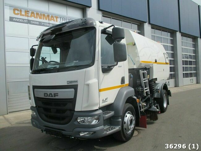 DAF FA LF 220 Johnston FJVT651-DS