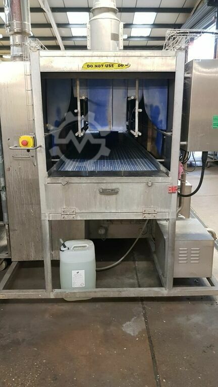 IWM Industrial Washing Machines Crusader 800 SP