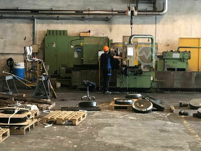 CNC lathe with 4 guideways brand TACCHI  CNC lathe with 4 guideways brand TACCHI