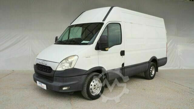 Iveco Daily 35S13 MITTLE
