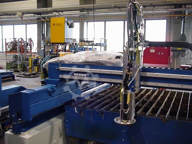 Messer Cutting Systems Cortina DS 2100