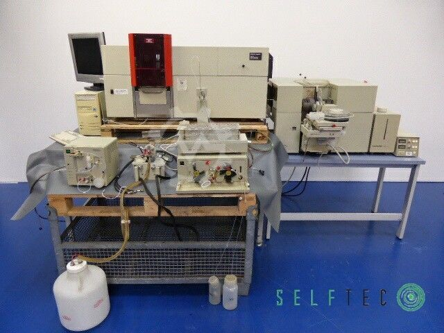 Perkin-Elmer Model 5100 PC AS-90 Autosampler
