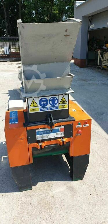 PROTECHNIKA MF-11 chipper PROTECHNIKA MF-11 chipper