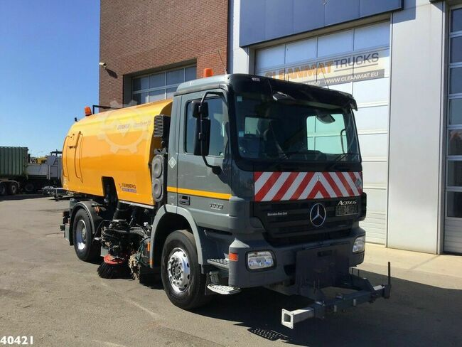 Mercedes-Benz Actros 1832 Euro 5 Bucher Optifant 70