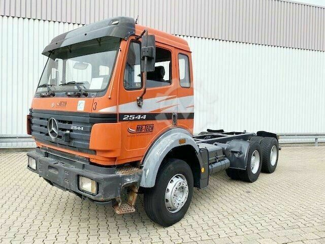 Mercedes-Benz SK 25/2644 K 6x4 SK 25/2644 K 6x4 Chassis Truck