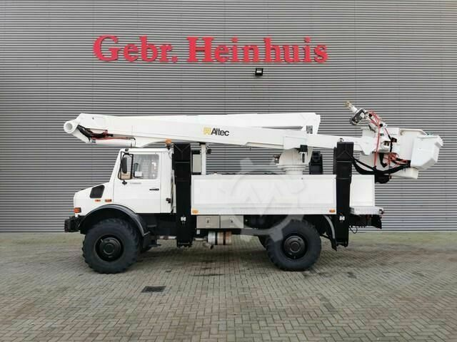 Mercedes-Benz Unimog U5000 4x4 Altec TA60