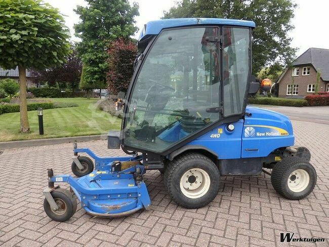 New Holland G 6035