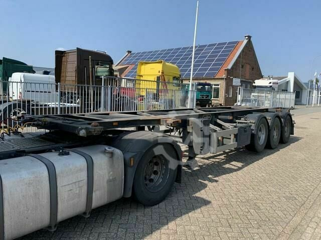 Van Hool 3B2005 3 axle Container Chassis 1x 30ft 1x 20ft AP