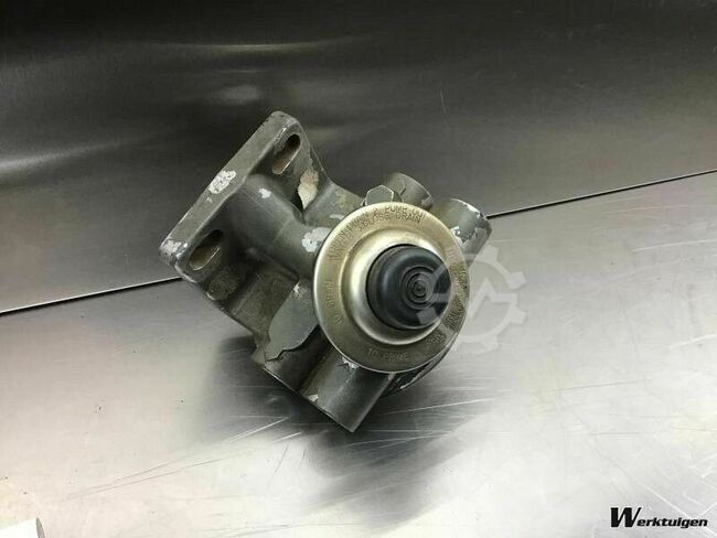 Liebherr Fuel Filter Head