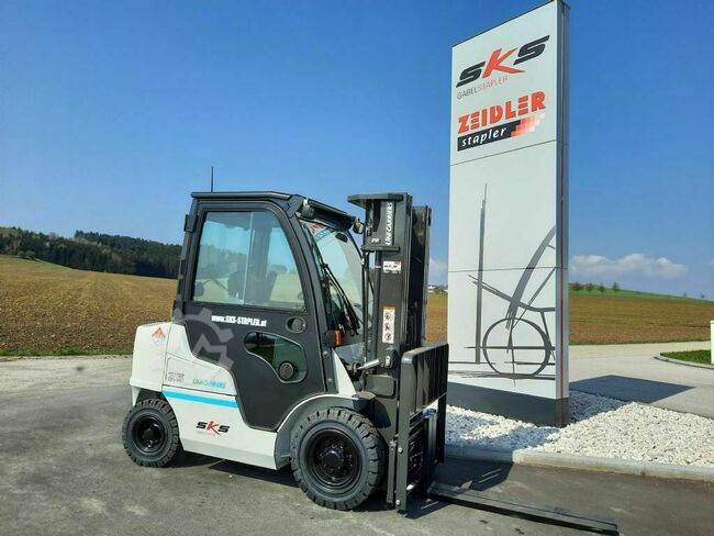UniCarriers DX2-25 CB