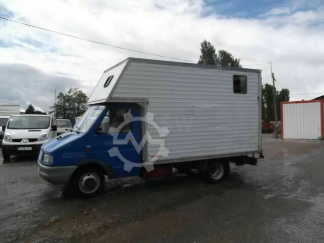 Iveco 35.10 BETAILLERE