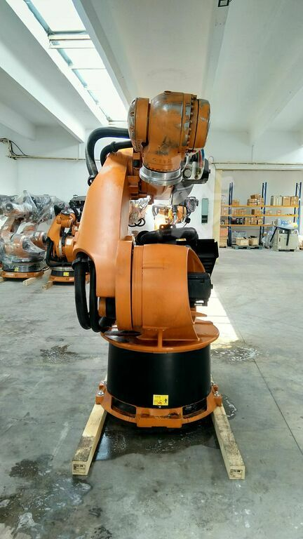 KUKA KR360 L240 2011 KCP2 Not Tested